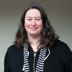 Pamela Drouin headshot