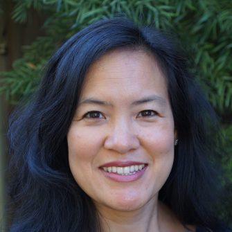 Irene Au headshot