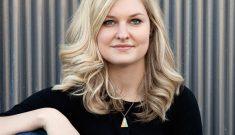 Lisa  Gringl headshot