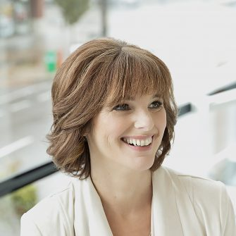 Kathy Wagner headshot