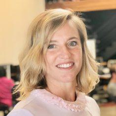 Lara Fedoroff headshot