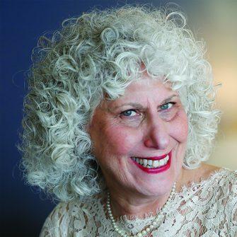 Elizabeth Resnick headshot