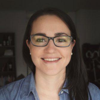 Lauren Dillard headshot