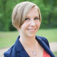 Carrie Andersen headshot