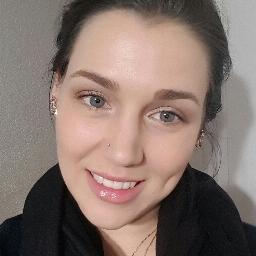 Melanie Schonewille headshot