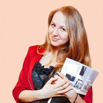Anfisa Bogomolova headshot