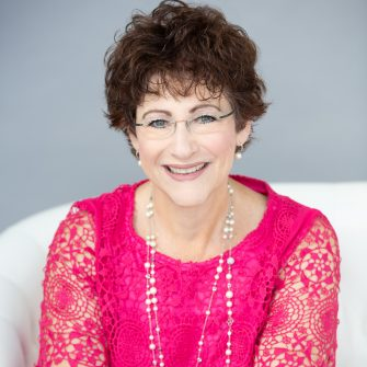 Janet Zaretsky headshot