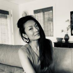Weina Li headshot